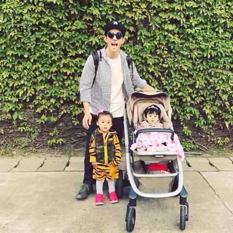 大陸綜藝節目「爸爸去哪兒」向韓方購入版權後,今年拍攝到第5季,每一季都挑選來自中港台等地大中華區的爸爸藝人,讓自己的兒女亮相,成為另類小小童星。而這些萌娃們更能帶旺父母,天真無邪的模樣感染同遊的爸爸...