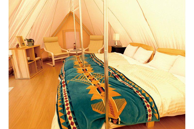 舒適的帳篷最多可容納4人入住,房內設施相當齊全。