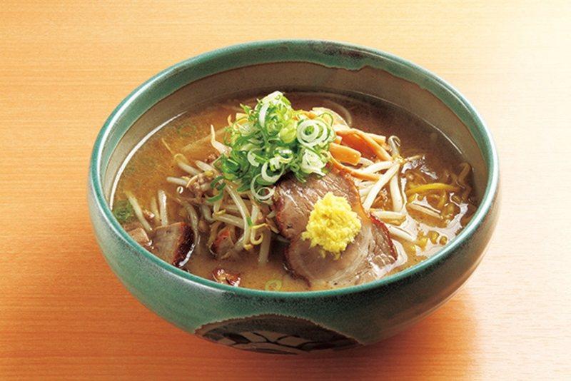 味噌らーめん(味噌拉麵)¥750/被認為足以代表札幌拉麵特色的經典美味,溫和的味...