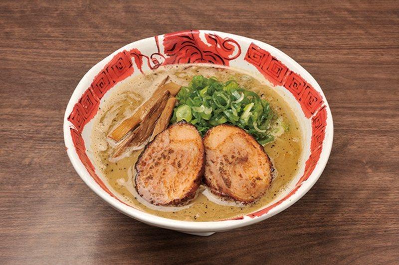 飛塩(飛鹽拉麵)¥750/渾厚口感的湯頭不會對身體造成負擔,厚切的叉燒散發誘人香...