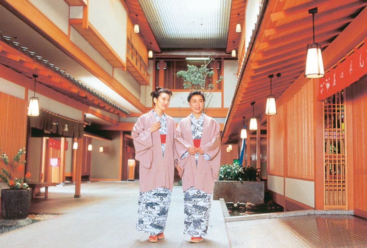 和倉溫泉加賀屋曾連續36年奪下日本百選溫泉旅館冠軍。 圖/有行旅提供