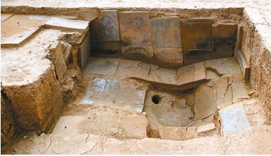 陝西西安市近日發現,兩間戰國秦國國君與后妃的高級浴室。(西安晚報)