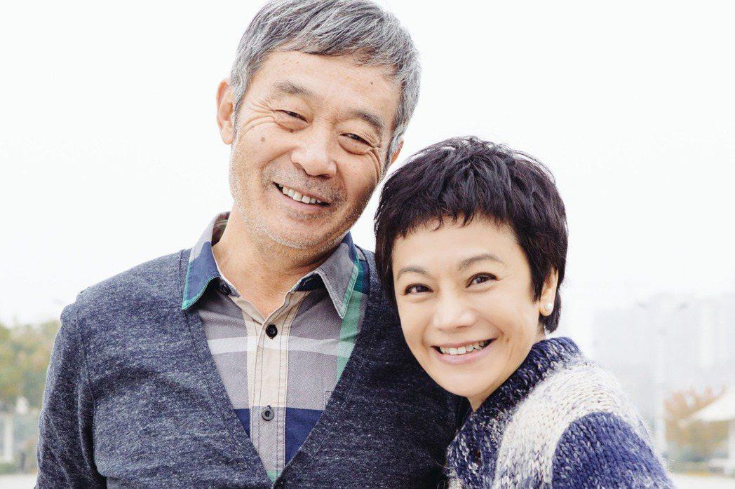 張艾嘉(右)、田壯壯(左)在「相愛相親」中飾演夫妻。圖/甲上提供