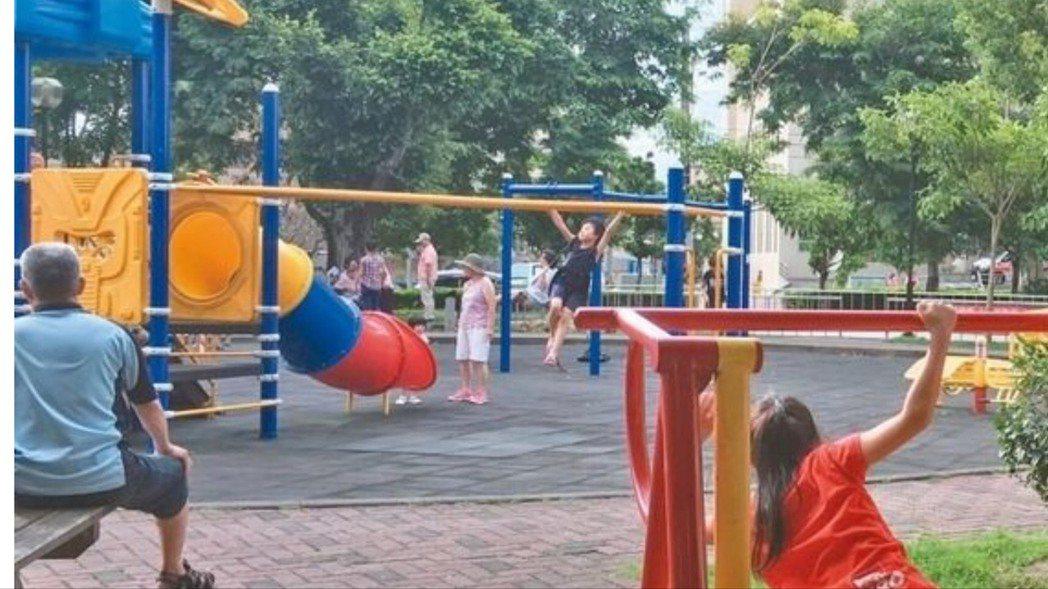 台中市政府104年底宣布停用新設塑膠遊具。 圖/本報資料照片