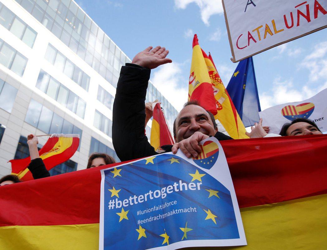 法國和其它歐盟國家的代表人都很清楚,若支持或承認今日在加泰所發生的情況,有朝一日...