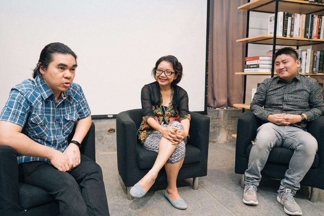 左起:泰國譯者王道明(Anurak Kitpaiboonthawee)、印尼譯者...