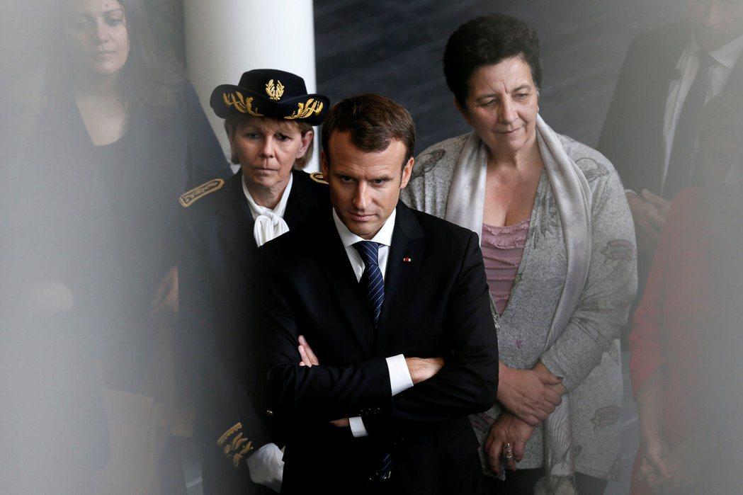 在強大團結的歐洲還沒出現之前,法國科西嘉的戰鼓便響起,馬克宏能不緊張嗎? 圖/路...