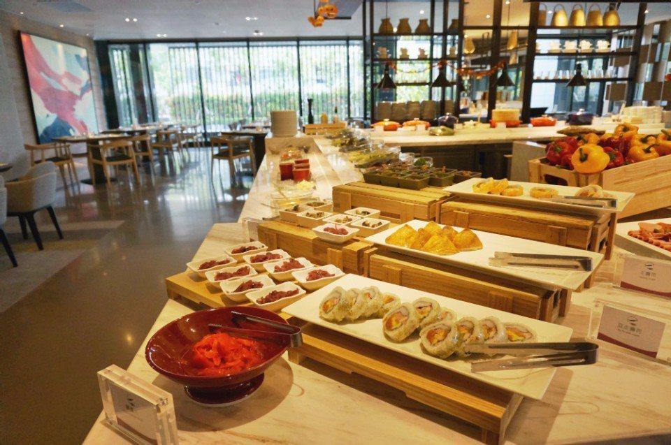 飯店早餐種類多達250種。(攝影/林郁姍)