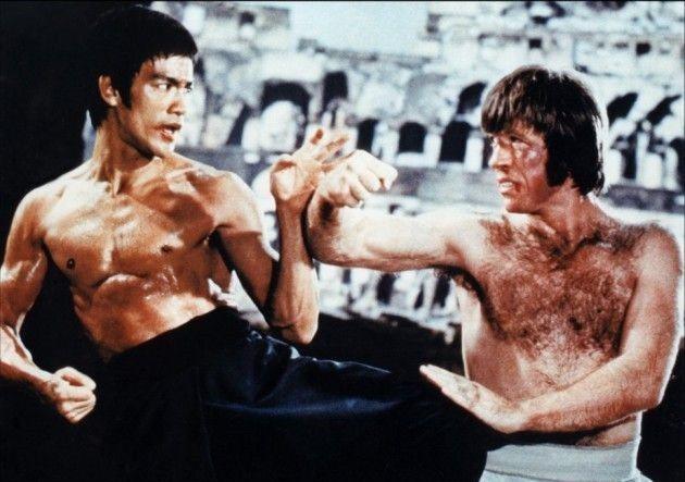 羅禮士曾在李小龍的影片中有拳腳身手的展現。圖/摘自imdb