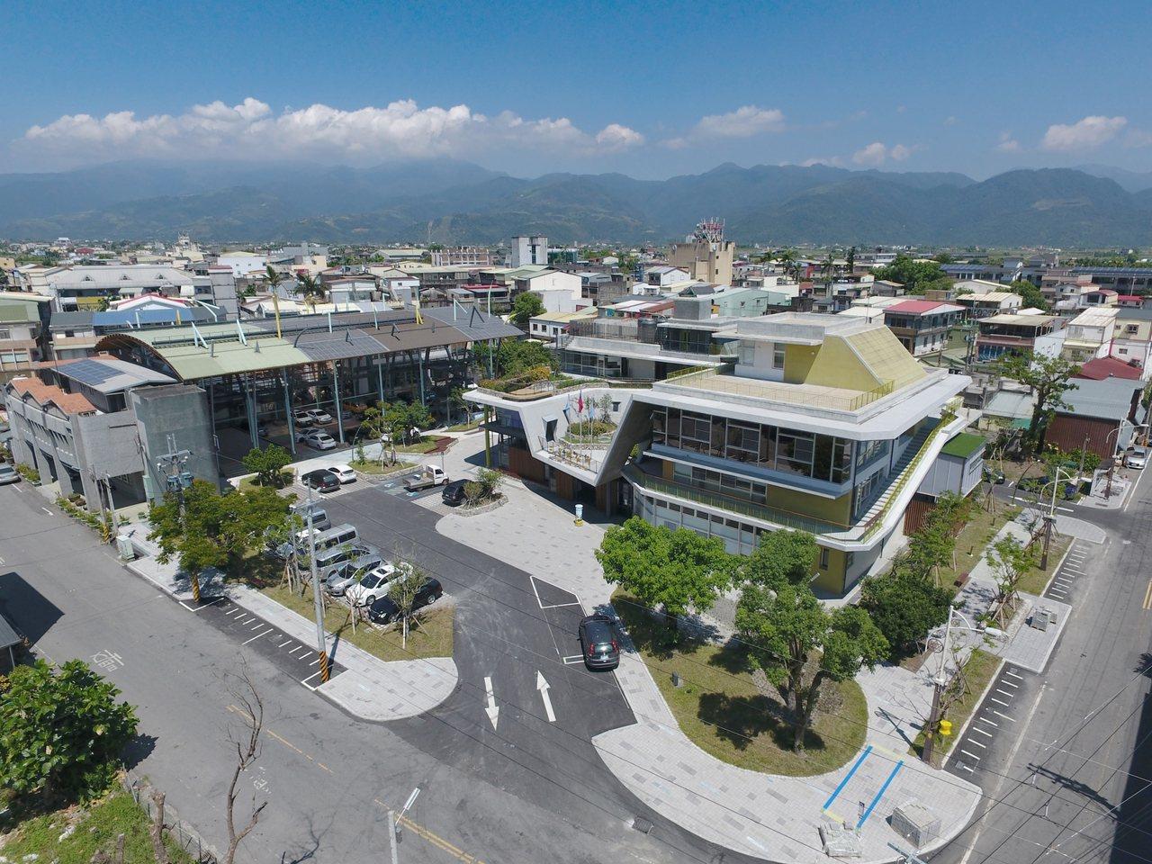 宜蘭縣新三星鄉公所入圍今年台灣建築獎。圖/寬和建築事務所提供 蔡岳倫攝影