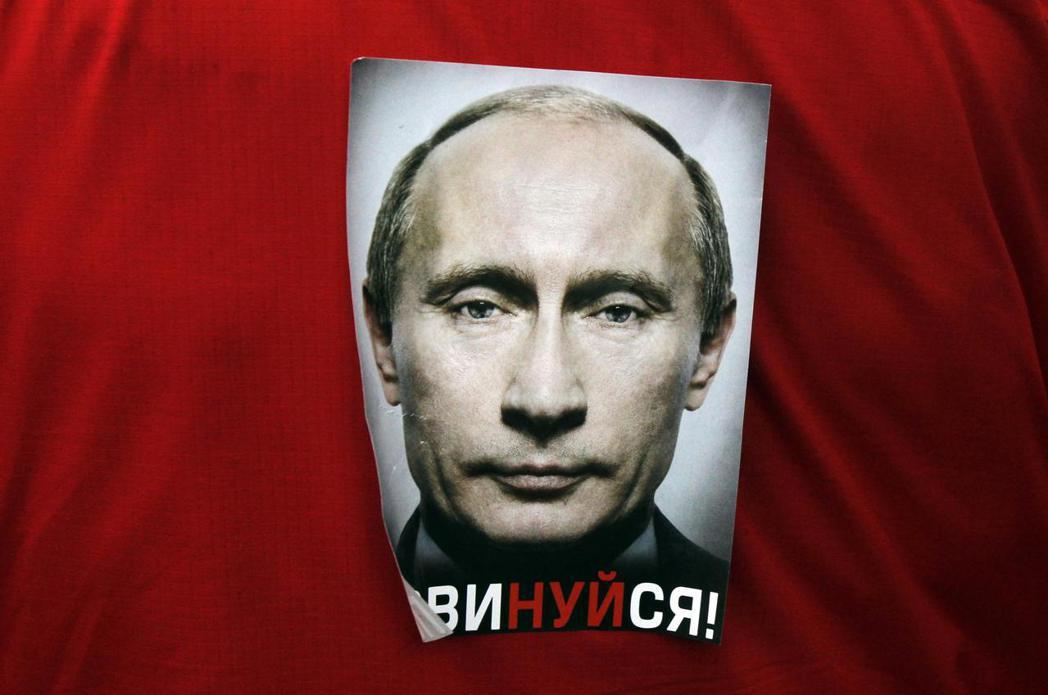 普丁不需要布爾什維克的革命神話,對他而言,復興民族主義、重建強權的史達林才是現代...