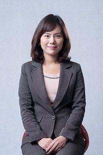 野村亞太收益多重資產基金經理人黃家珍。