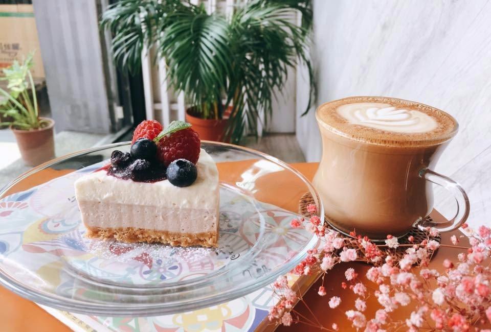 「花夏入室」除了有美味甜點,店內還有夢幻的乾燥花裝飾。(圖片來源/花夏入室FB粉...