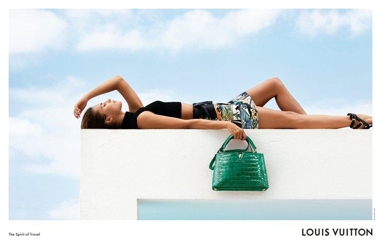 路易威登2018早春系列形象廣告在西班牙伊比薩島拍攝。圖/LV提供