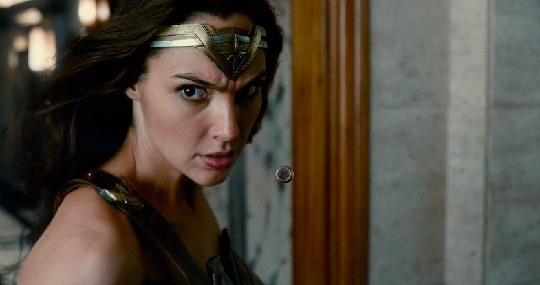 蓋兒加朵在「正義聯盟」裡再度飾演「神力女超人」。圖/華納兄弟影業提供