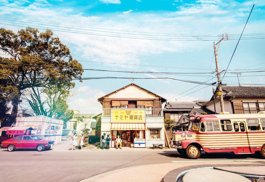 「解憂雜貨店」是今年在台上映、最叫好叫座的日本電影之一。圖/華映提供