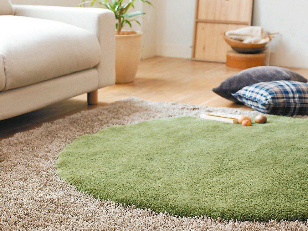 訂製地毯可配合居家裝潢和家具擺設,圓形方形都可以客製化,營造有整體感的居家氛圍。...