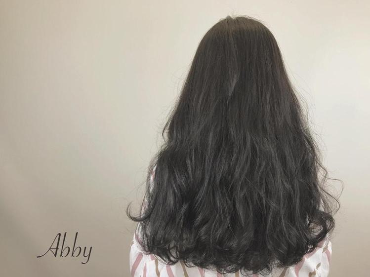 髮型創作/Abby。圖/HairMap美髮地圖提供