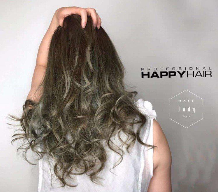 髮型創作/李佩芬。圖/HairMap美髮地圖提供