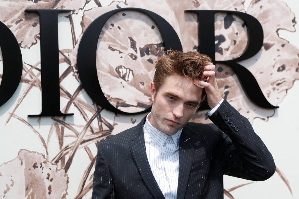 羅伯派汀森7月出席Dior的秀。