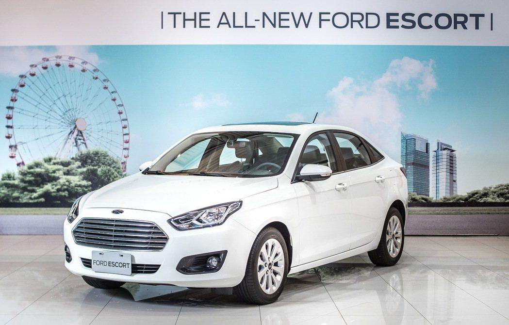 福特今年媒體春酒預告將引進台灣的全新中型房車Ford Escort,將於11月2...