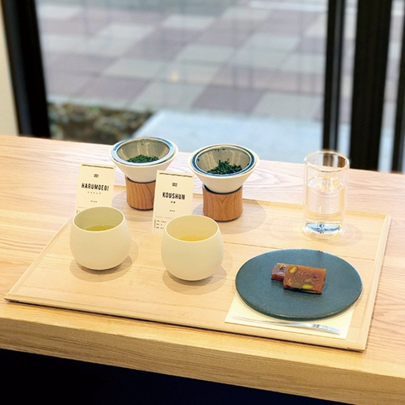 煎茶2種飲み比べ+お茶菓子(2種煎茶評比+茶菓子套餐 )¥1300/可依據喜 好...