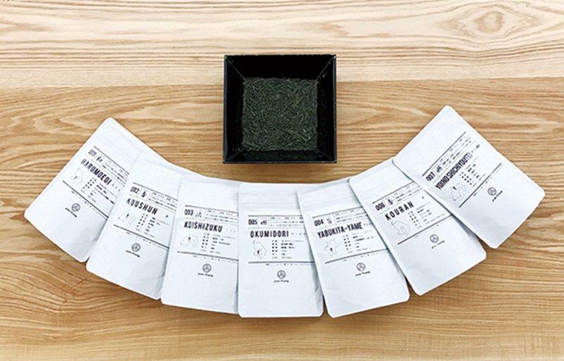 菜單清楚地列出店內提供的7種茶品,且依口感及香氣劃分在不同區塊。