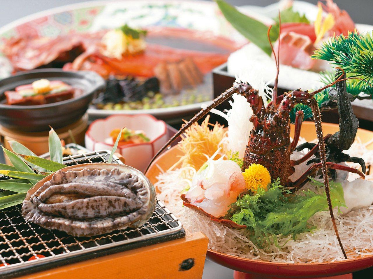 伊勢龍蝦及鮑魚是伊豆半島必嘗美饌。 圖/有行旅提供