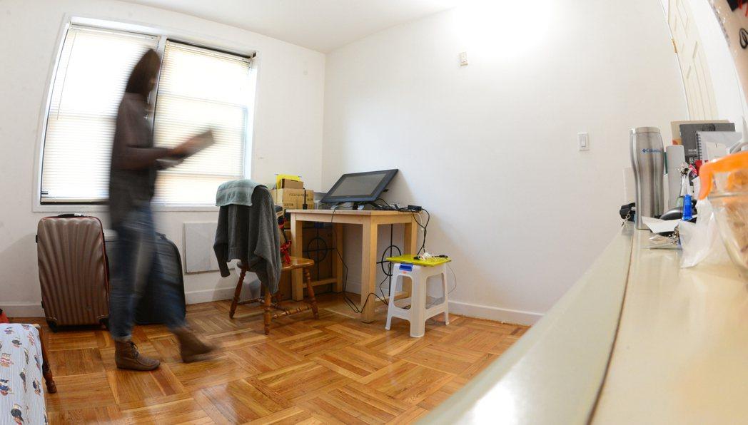 對剛畢業的職場新鮮人,想要擁有居屋不容易,就業或創業之前,許多人選擇租個小單位。...