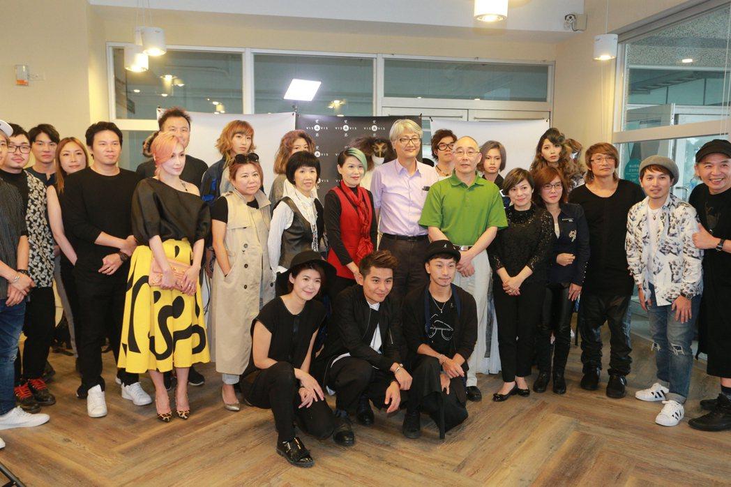 國內美髪教育系統享譽盛名的斐瑟髮廊,正式進駐樹德科技大學橫山創意基地,提供學生實...