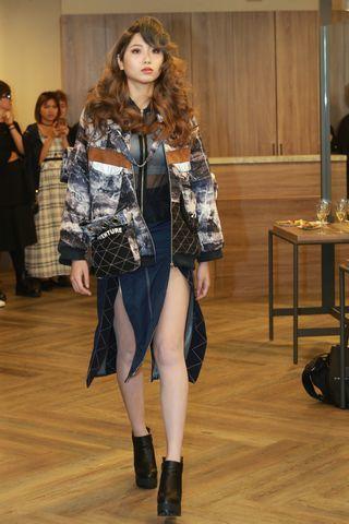 斐瑟髮廊專業設計搭配流設系學生麻豆走秀演出,串聯不同元素的造型表現,也展現了斐瑟...