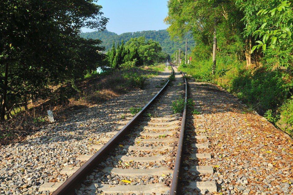 舊山線鐵道。(圖片提供/欣傳媒)