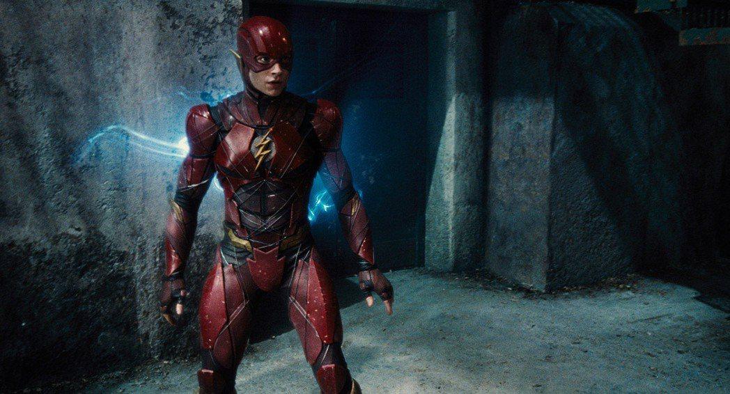 伊薩米勒在「正義聯盟」中飾演「閃電俠」。圖/華納兄弟提供