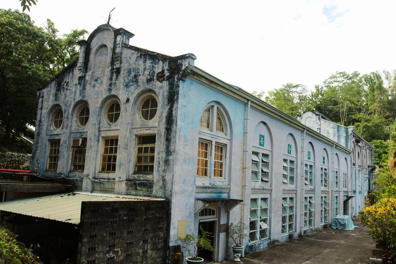 竹仔門電廠是日治時期興建的南台灣第一座水力電廠,於1909年完工,也是百年人瑞級...