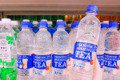 超人氣日本透明奶茶在台開賣!民眾搶購 一次帶20瓶