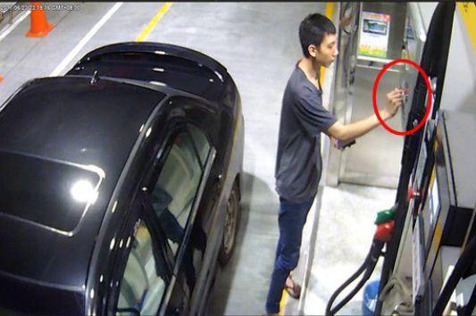 盜刷嫌犯持盜卡加油,遭警方鎖定。記者周宗禎/翻攝