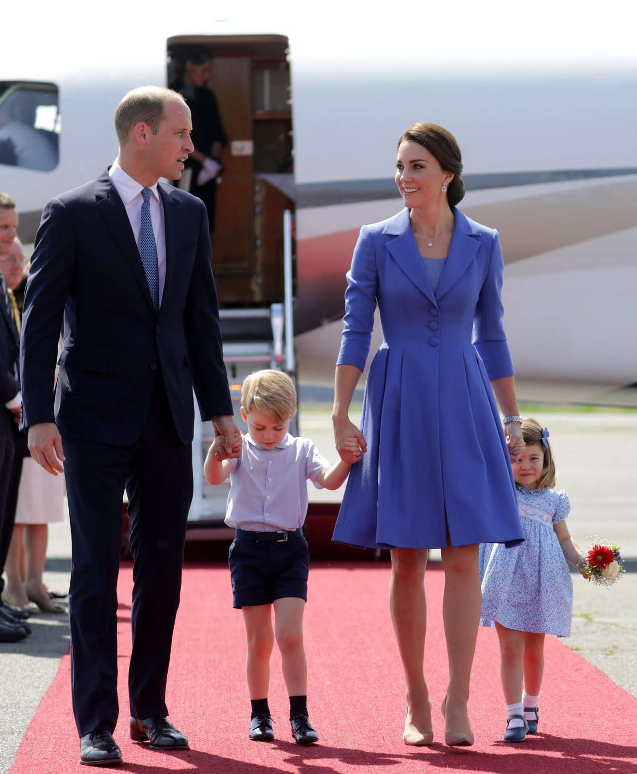 威廉王子全家福。路透