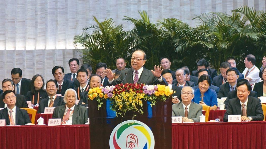 國民黨榮譽副主席蔣孝嚴致詞情形。 苗君平/攝影