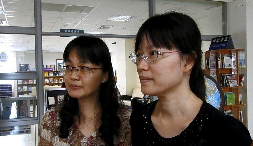北梅國中學生拍攝視角一流還策展,全靠英文老師簡惠貞(左)自學攝影,且開班傳授祕技...