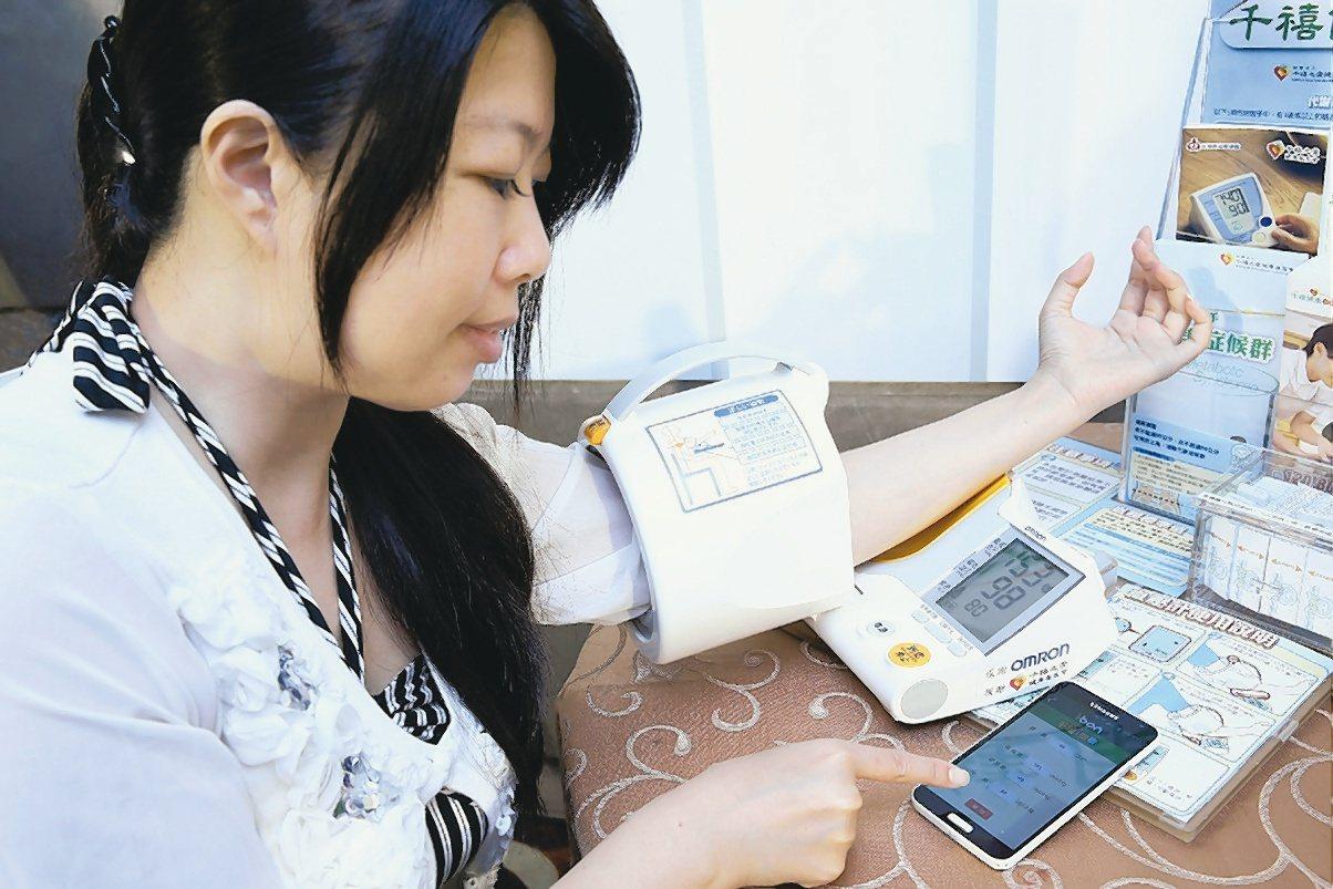美國心臟協會下修高血壓標準,醫師指出,若依循美國標準,高血壓患者恐增加一百多萬人...