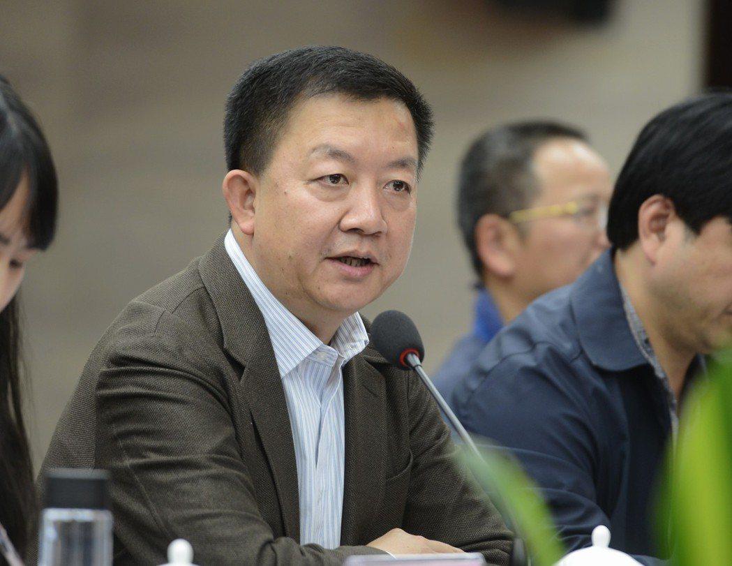 蘇榮女婿程丹峰受賄近千萬判八年。