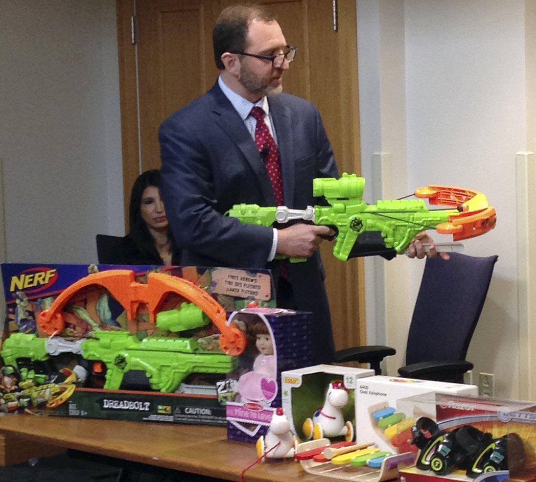 消費者安全組織公布「最糟玩具」名單:指尖陀螺等居首。記者歐陽慶平/攝影