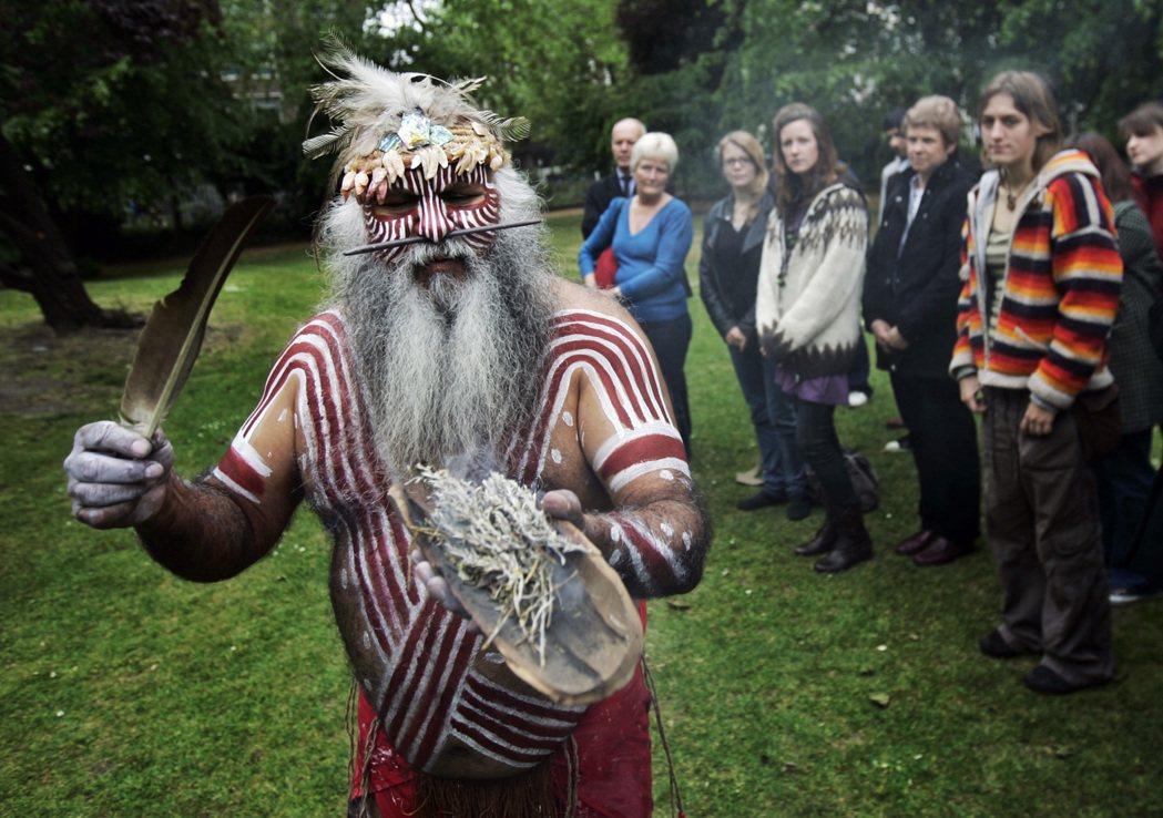 施正鋒教授藉著美澳紐加原住民主權論述定義由原住民族身份而來的原住民族權利。圖為澳...