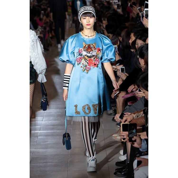 高橋Lala為Dolce & Gabbana走秀。圖/擷自instagram