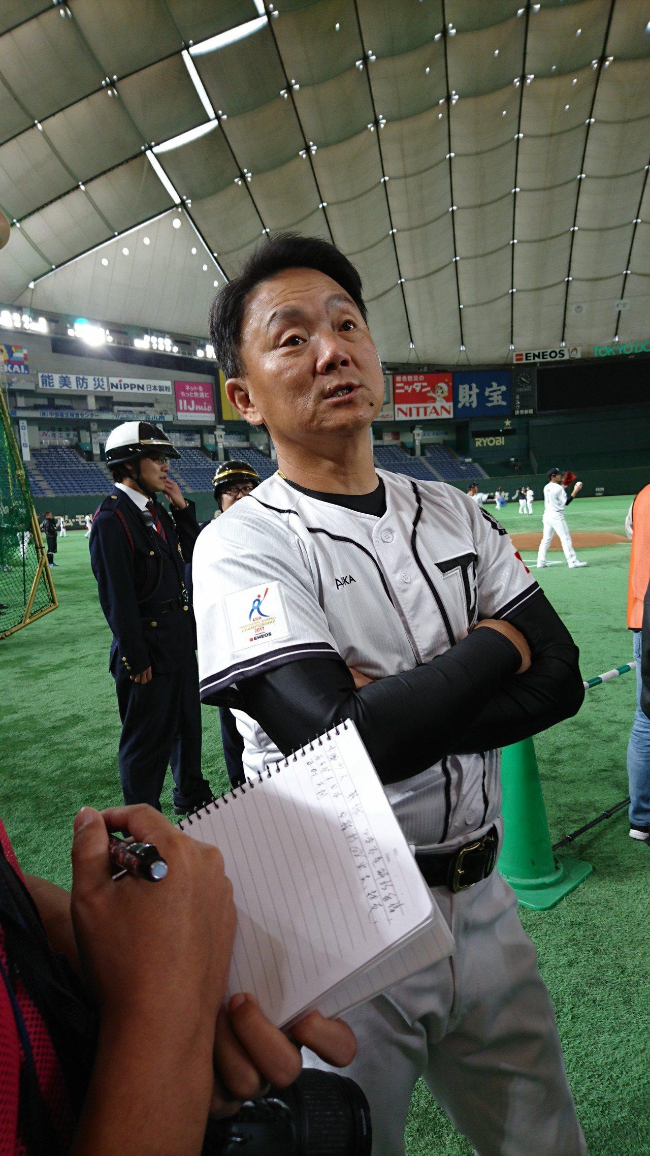 中職聯隊總教練洪一中宣佈,亞冠賽首戰將派陳冠宇先發。東京記者蔡佩芳/攝影