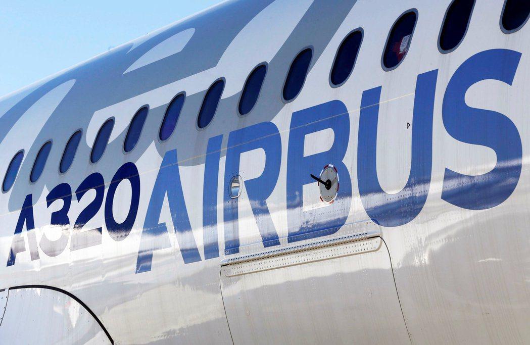 空巴公司據傳與投資公司Indigo Partners接近達成430架飛機交易。(...