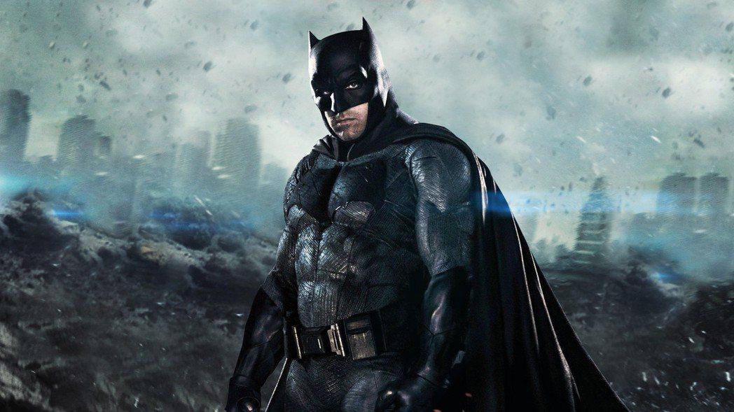 班艾佛列克在「正義聯盟」飾演「蝙蝠俠」。圖/華納兄弟提供