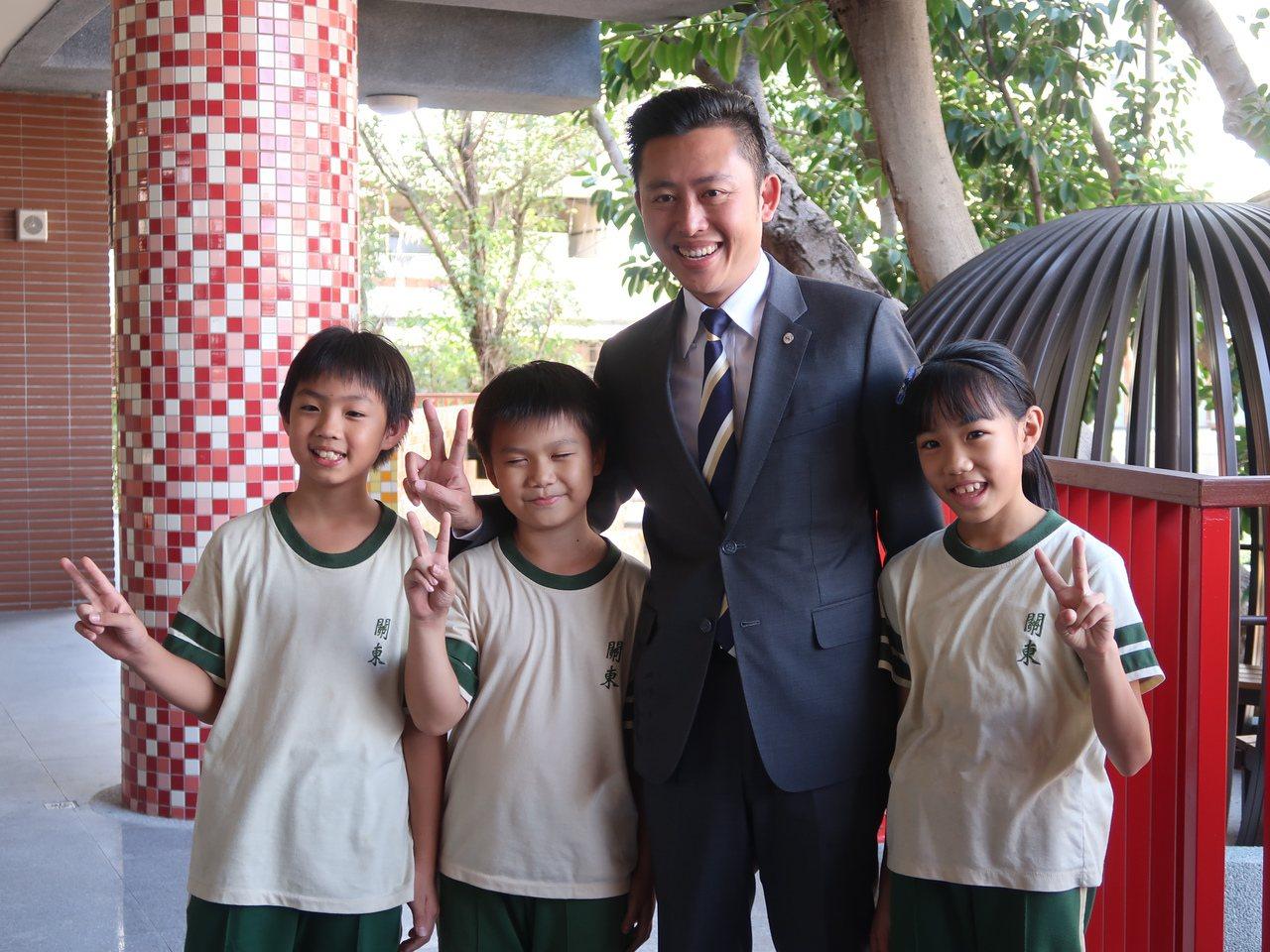關東國小3年內,增加5個班級、165位孩子。圖/新竹市府提供