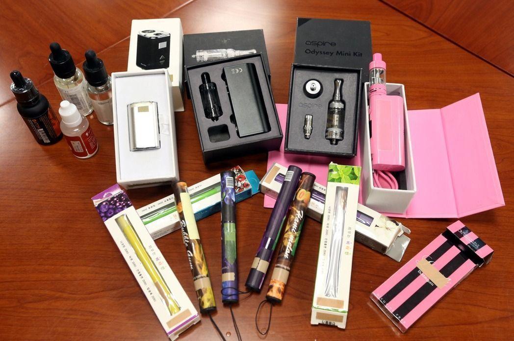 市面流通的電子煙百百款,衛福部國健署指出,即使不含尼古丁,健康危害也未必亞於紙菸...