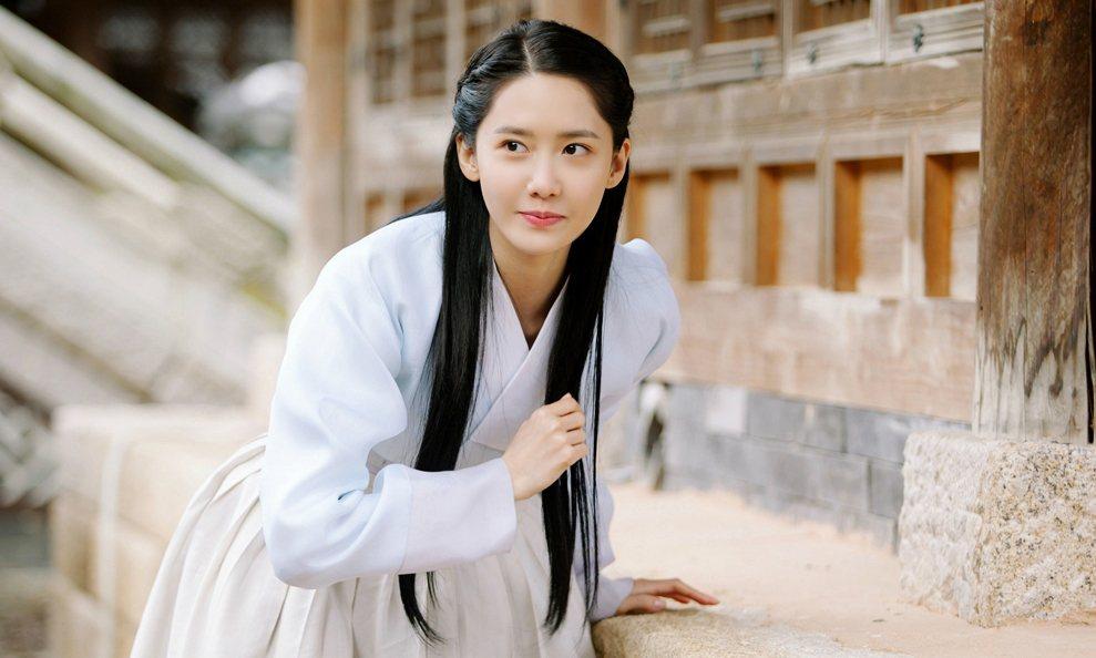 「王在相愛」是潤娥在韓國首部古裝劇。圖/衛視中文台提供
